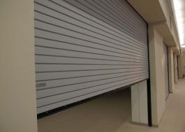 Пожарные рулонные ворота для гаража
